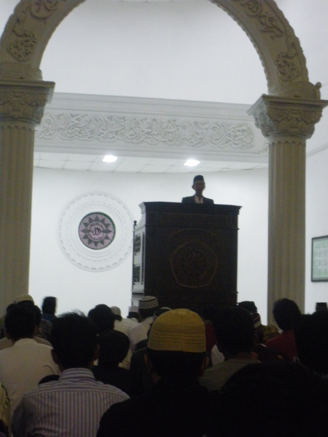 Tarweh di masjid AR.Fakhrudin UMM, Penceramah : DR.Sa'ad Ibrahim